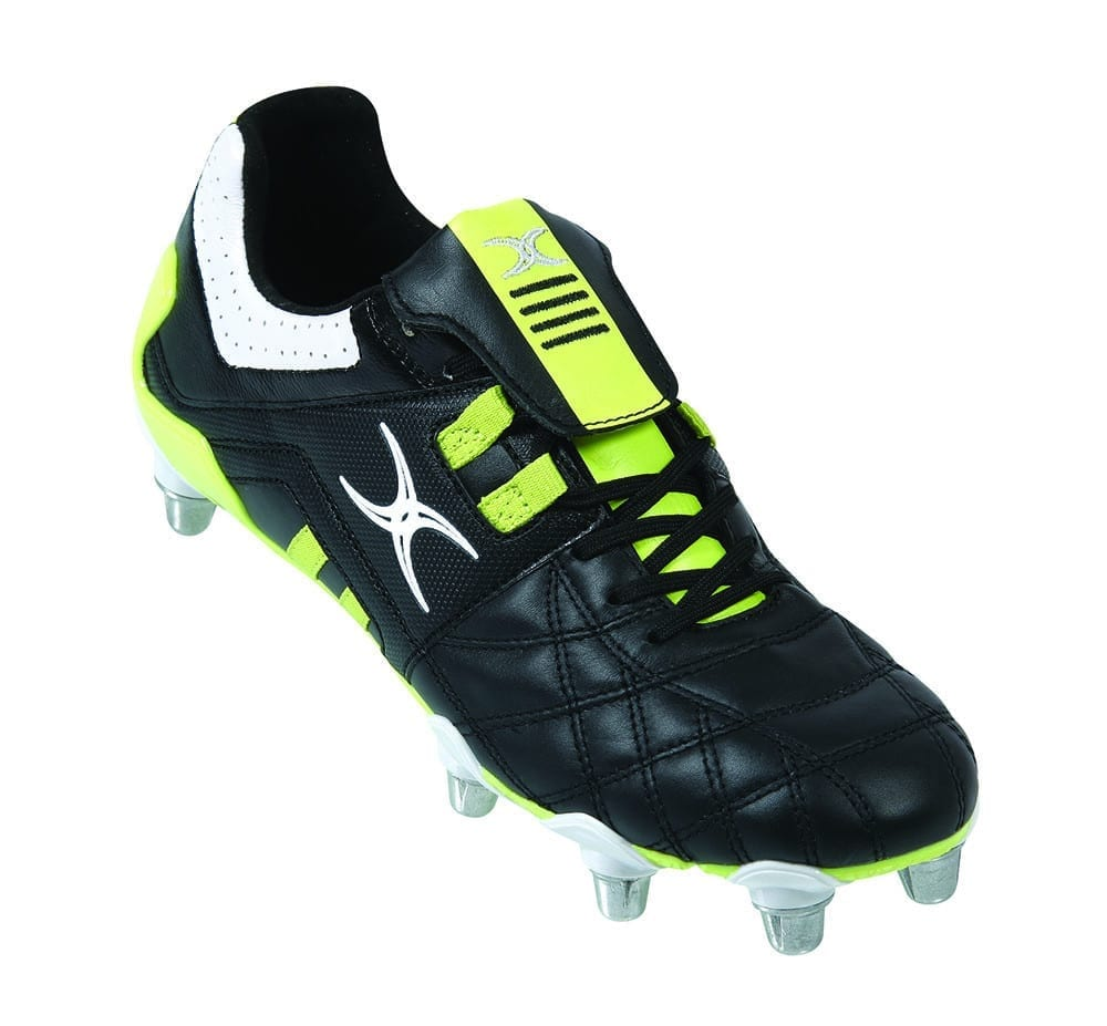 DO I NEED SCREW-IN FOOTBALL BOOTS