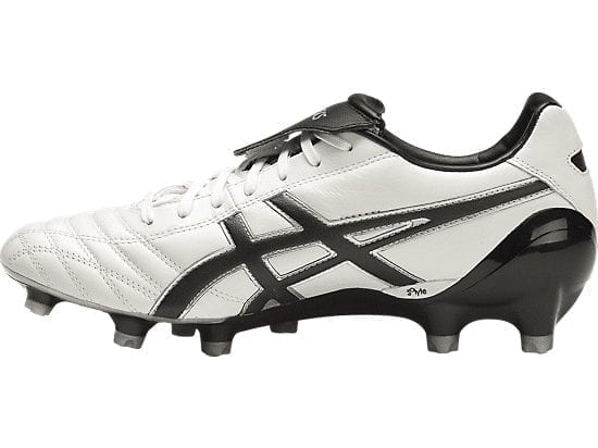 2b29d5b2df99 Asics Lethal Testimonial 4 IT whiteblack | football boots | buy online